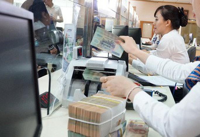 Có ngân hàng trả thu nhập 90 triệu đồng/tháng cho nhân viên - Ảnh 1.