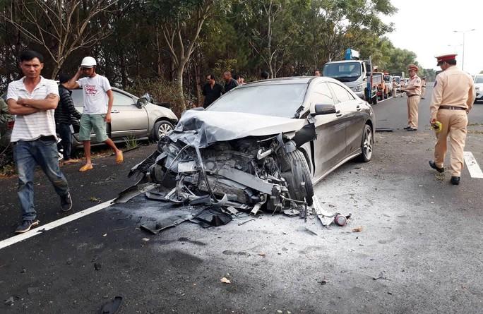 Tai nạn kinh hoàng trên cao tốc Liên Khương - Đà Lạt - Ảnh 4.