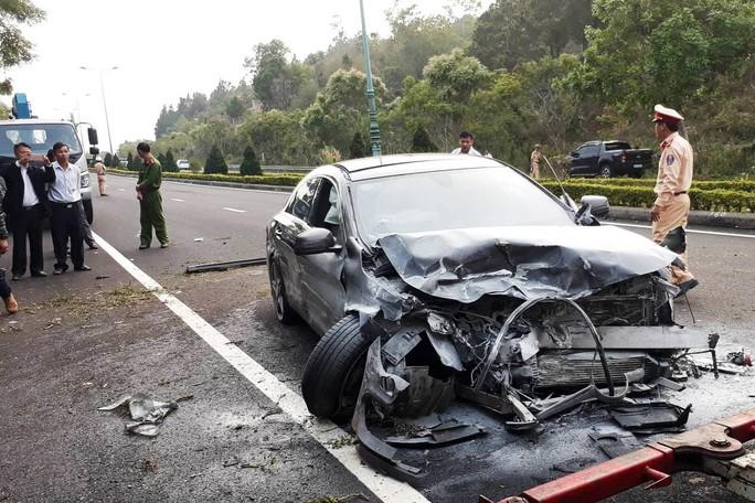 Tai nạn kinh hoàng trên cao tốc Liên Khương - Đà Lạt - Ảnh 1.