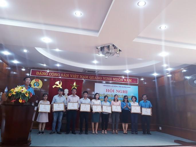 Quảng Nam: Khen thưởng cho các tập thể, cá nhân đạt thành tích phong trào Xanh – Sạch – Đẹp - Ảnh 4.