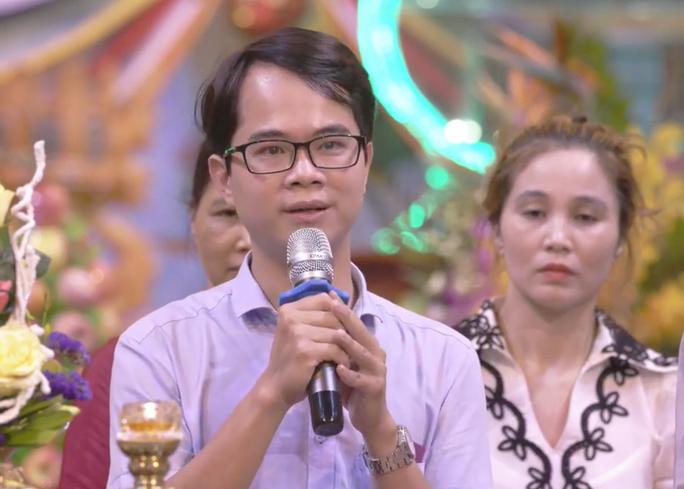 Bác sĩ Bệnh viện Bạch Mai xin lỗi vì phát ngôn gây hiểu lầm ở chùa Ba Vàng - Ảnh 5.
