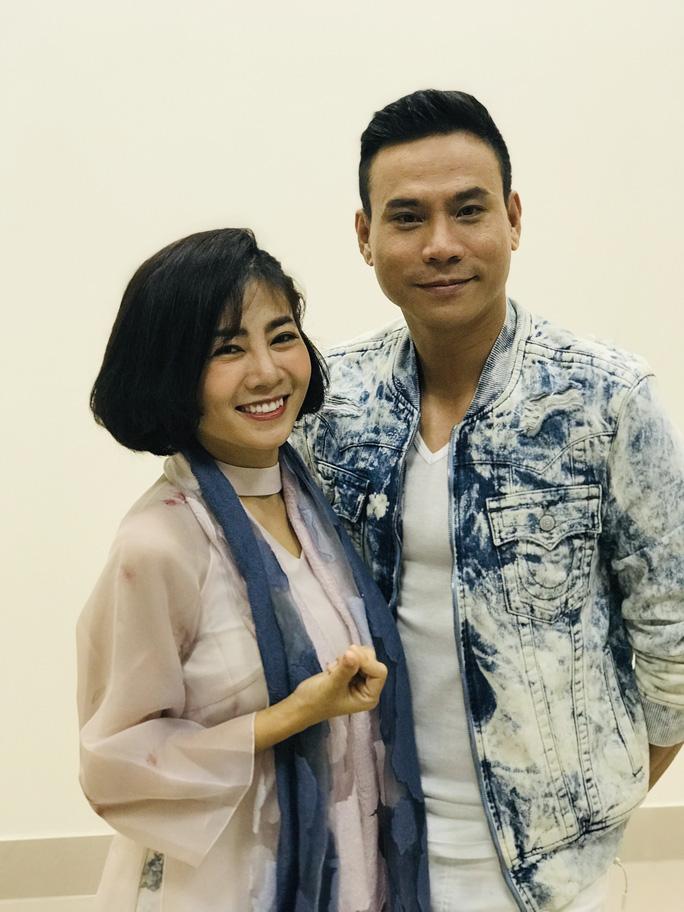 Trí Quang khóc khi thấy Mai Phương trở lại sân khấu - Ảnh 4.