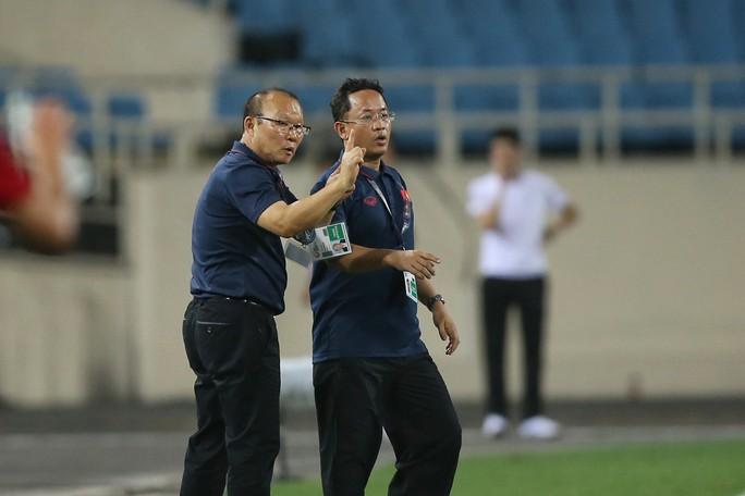 U23 Việt Nam hủy tập, mổ băng soi Indonesia - Ảnh 1.