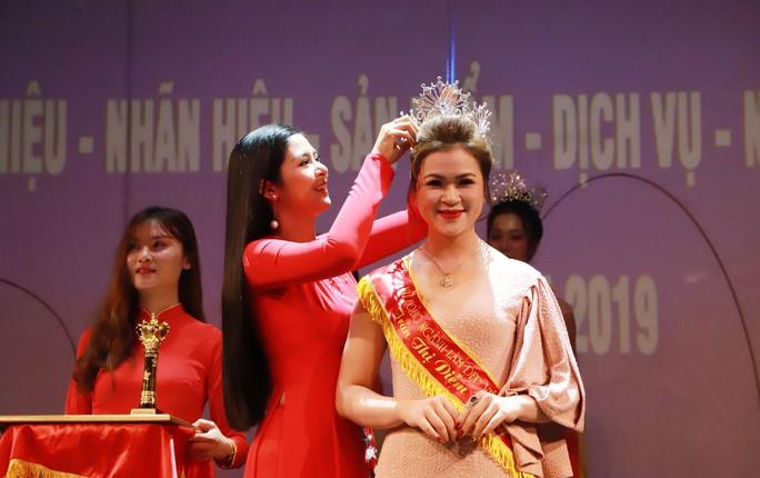 Chủ tịch liên minh Yoga thế giới tại Đông Nam Á là nữ hoàng ngành làm đẹp - Ảnh 1.
