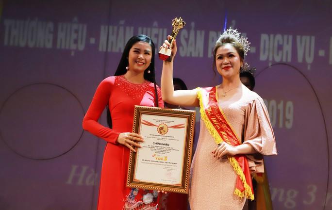 Chủ tịch liên minh Yoga thế giới tại Đông Nam Á là nữ hoàng ngành làm đẹp - Ảnh 3.