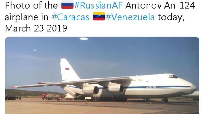 Máy bay quân sự Nga chở binh sĩ tới Venezuela - Ảnh 1.
