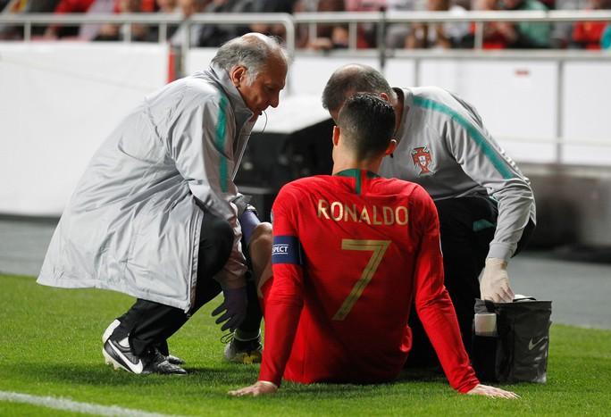 Ronaldo chấn thương, Juventus lo ngại tứ kết Champions League - Ảnh 1.