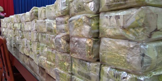 Đang truy xét thêm 10 đối tượng trong đường dây ma túy khủng ở TP HCM - Ảnh 5.