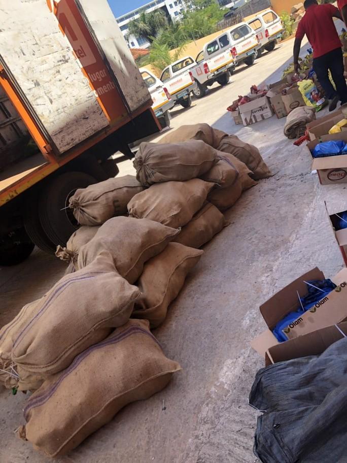 Việt Nam hỗ trợ khắc phục hậu quả siêu bão ở châu Phi - Ảnh 6.