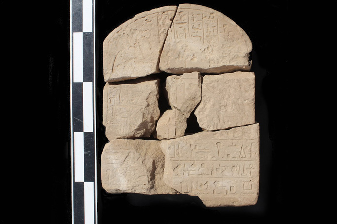 Cổ văn 3.900 năm giải mã bí ẩn kho báu màu tím - Ảnh 1.