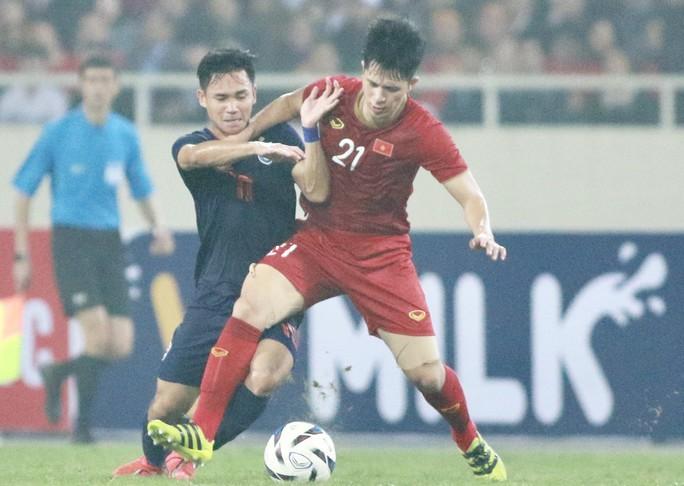 Bốc thăm Kings Cup 2019: Thái Lan gặp tuyển Việt Nam - Ảnh 1.