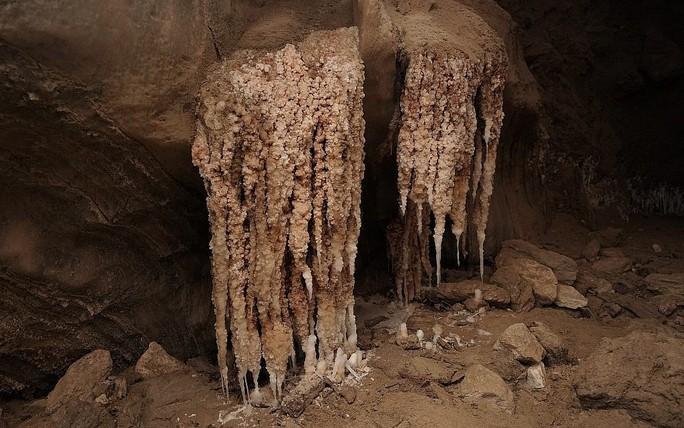 Ngất ngây với hang muối dài nhất thế giới - Ảnh 7.