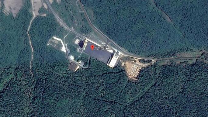 Triều Tiên sắp khôi phục hoàn toàn bãi phóng tên lửa tầm xa - Ảnh 1.