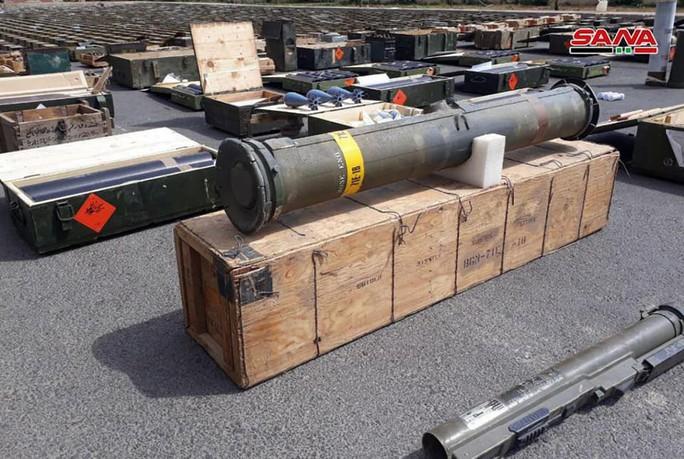 Syria phát hiện vũ khí của Mỹ tại nơi khủng bố ẩn nấp - Ảnh 2.
