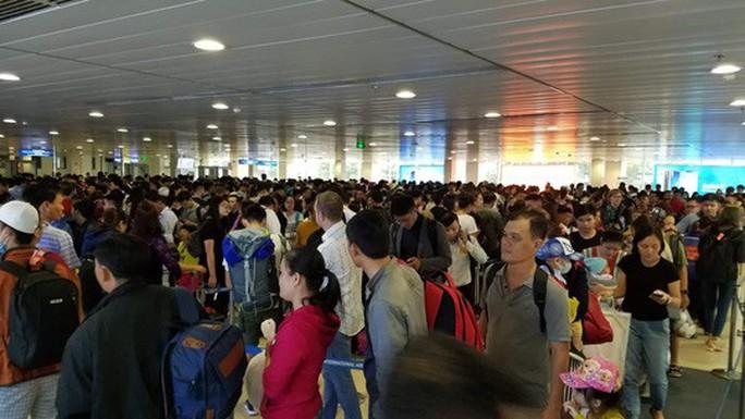 Gần 5.000 chuyến bay chậm giờ trong tháng 2 - Ảnh 1.