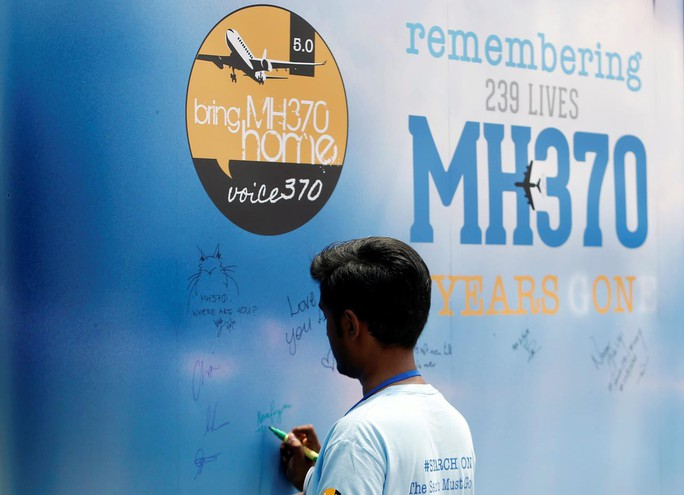 Dùng công nghệ tiên tiến tìm kiếm máy bay MH370 mất tích - Ảnh 2.