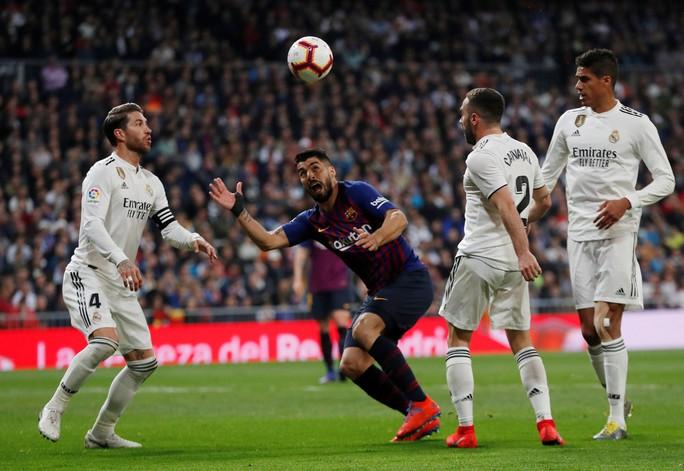 Có nguy cơ thành cựu vô địch, Real Madrid nhớ da diết… Ronaldo - Ảnh 2.