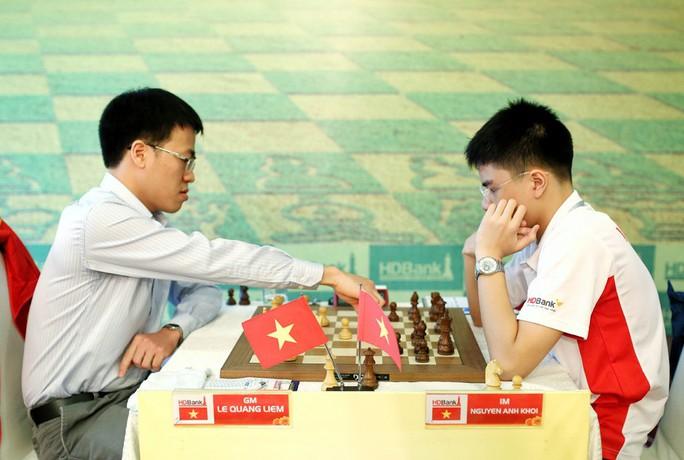 Thua sốc Anh Khôi, Lê Quang Liêm suýt rơi Top siêu đại kiện tướng - Ảnh 1.