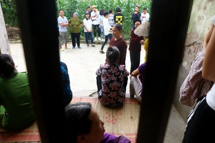 Nhói lòng gia cảnh nữ sinh lớp 9 bị đánh dã man, lột đồ - Ảnh 21.