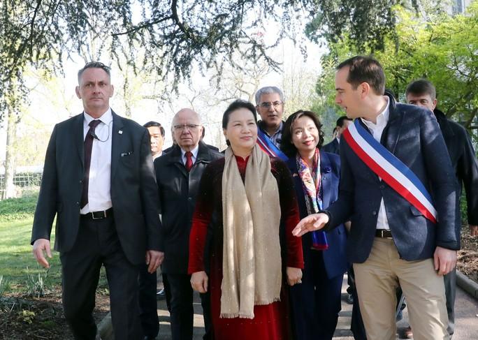 Chủ tịch Quốc hội thăm Pháp - Ảnh 1.