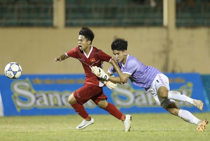 Để bóng đá Việt Nam vượt hẳn Thái Lan - Ảnh 1.