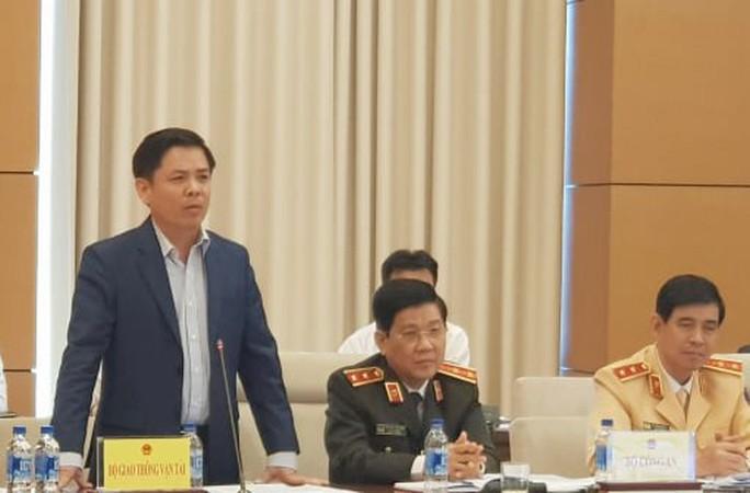 Bộ trưởng GTVT Nguyễn Văn Thể giải trình về trạm thu phí BOT - Ảnh 2.
