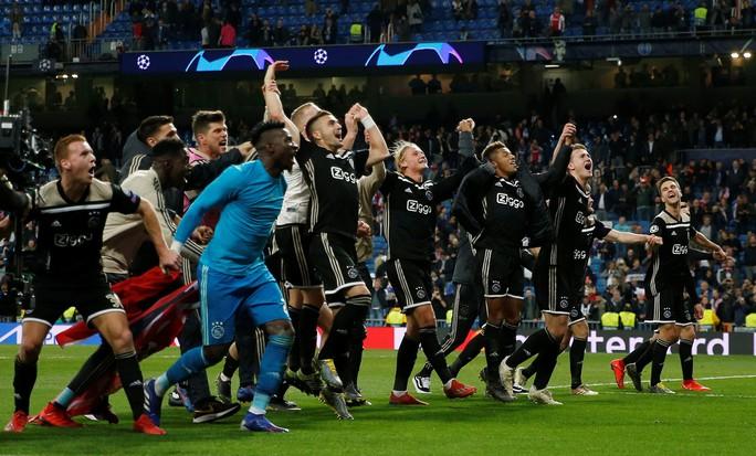 Địa chấn Champions League: Real Madrid thua muối mặt Ajax - Ảnh 2.