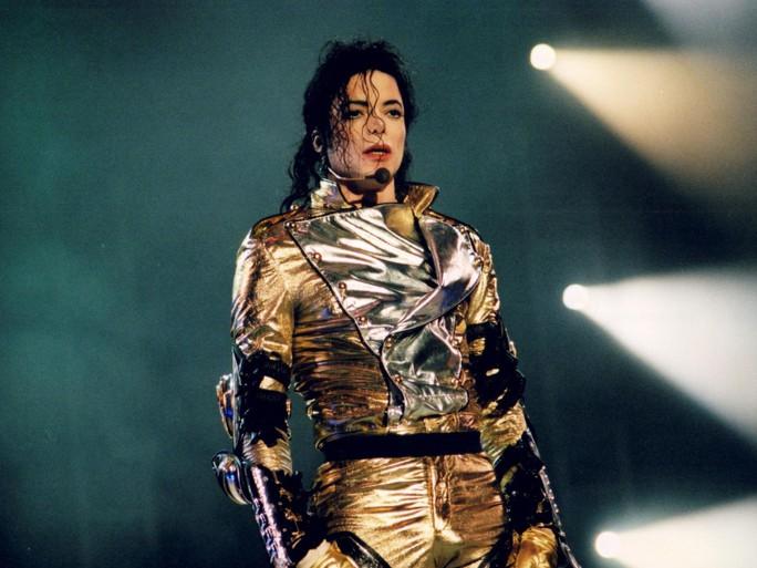 BBC bác tin cấm nhạc của Michael Jackson vì tố cáo ấu dâm - Ảnh 2.