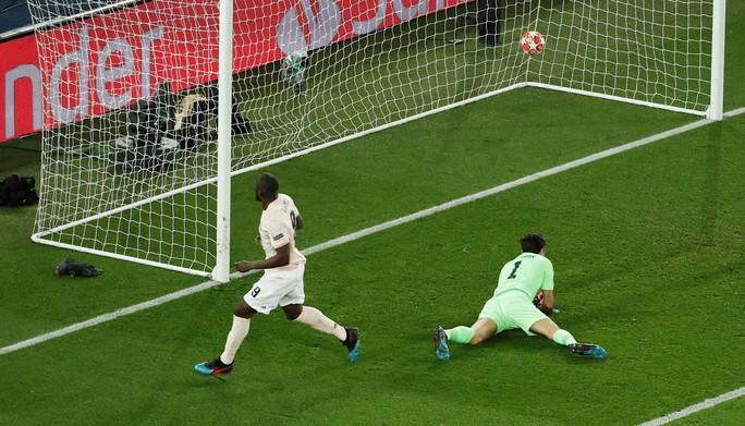 Ngược dòng kỳ vĩ, Man United quật ngã PSG ở Paris - Ảnh 6.