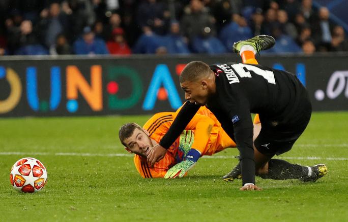 Ngược dòng kỳ vĩ, Man United quật ngã PSG ở Paris - Ảnh 8.