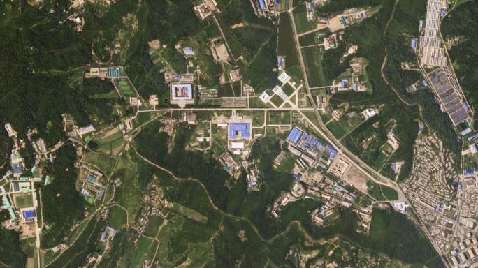 Cả khu chế tên lửa và làm giàu hạt nhân của Triều Tiên đều rục rịch - Ảnh 1.