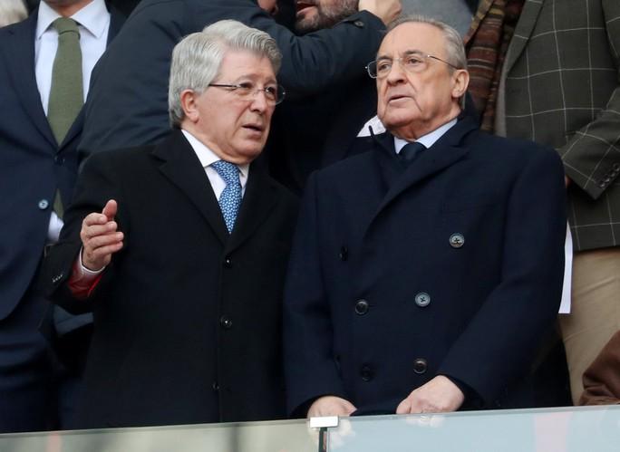 Chủ tịch Real Madrid muốn tống cổ Ramos khỏi đội bóng - Ảnh 2.