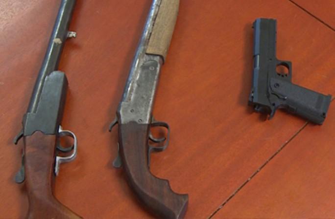 Bắt 5 kẻ bắn chết nam thanh niên đứng trên vỉa hè, thu giữ 3 khẩu súng - Ảnh 2.