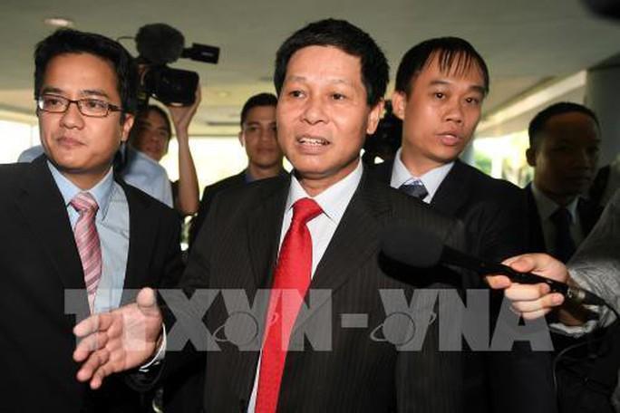 Đại sứ Lê Quý Quỳnh: Căng thẳng đến khi tòa tuyên án Đoàn Thị Hương - Ảnh 1.
