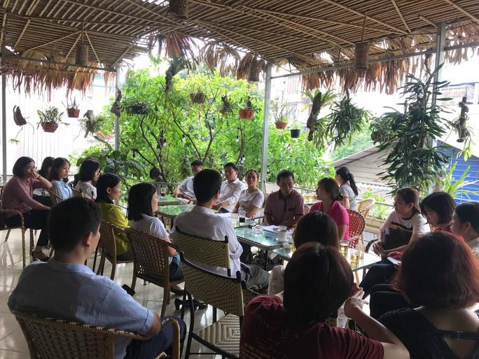 Chủ tịch TP Hà Nội lên tiếng về vụ 256 giáo viên Sóc Sơn có nguy cơ mất việc - Ảnh 1.