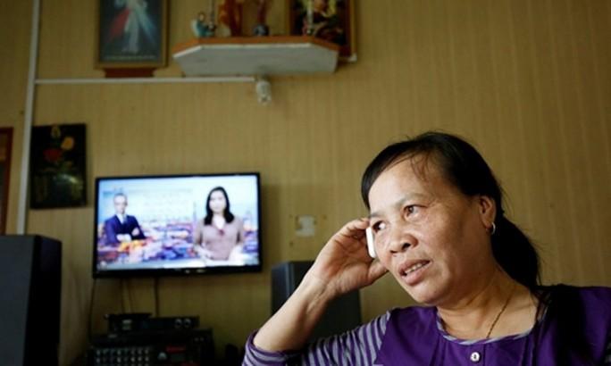 Vỡ òa niềm vui ở quê nhà khi hay tin Đoàn Thị Hương được trả tự do vào tháng 5 - Ảnh 2.