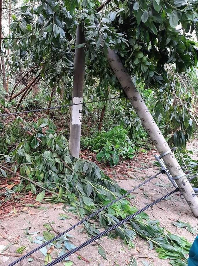 Lốc xoáy kinh hoàng gây thiệt hại nặng ở Quảng Nam - Ảnh 4.