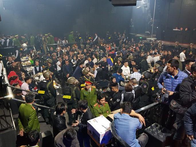 Xử phạt Chủ quán bar tụ điểm sử dụng ma túy trên 100 triệu đồng - Ảnh 1.