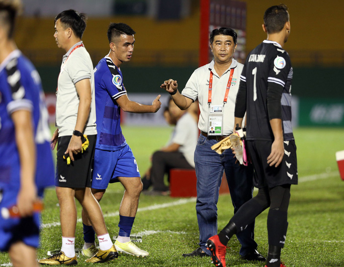 B.Bình Dương đá AFC Cup trong sự hoài nghi - Ảnh 1.