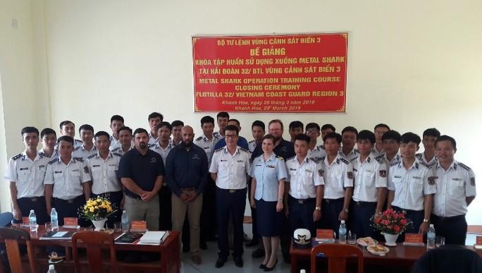 Mỹ chuyển giao 6 xuồng tuần tra Metal Shark cho Cảnh sát biển Việt Nam - Ảnh 2.