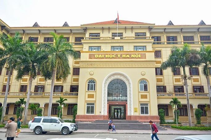 Thí sinh  Sơn La trúng tuyển tốp 3 Trường ĐH Y Hà Nội đã được nâng tới 15,3 điểm - Ảnh 1.