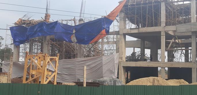 Sập công trình Trung tâm Dịch vụ việc làm tỉnh Đắk Lắk: 8 người bị thương - Ảnh 3.