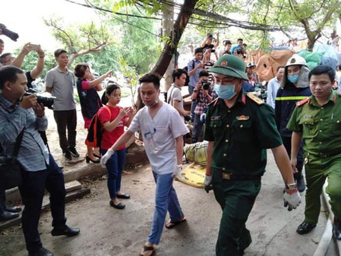 Cháy nhà xưởng ở Hà Nội, 8 người thiệt mạng - Ảnh 1.