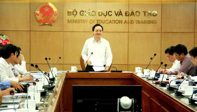 Cổng thông tin điện tử nhầm lẫn khi trích phát biểu của bộ trưởng về điểm sàn khối y dược? - Ảnh 1.