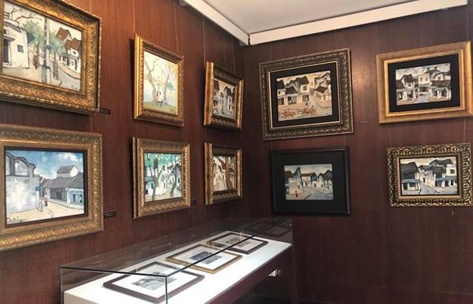 Ngắm kho tàng mỹ thuật trăm tỉ của Trần Hậu Tuấn - Ảnh 2.