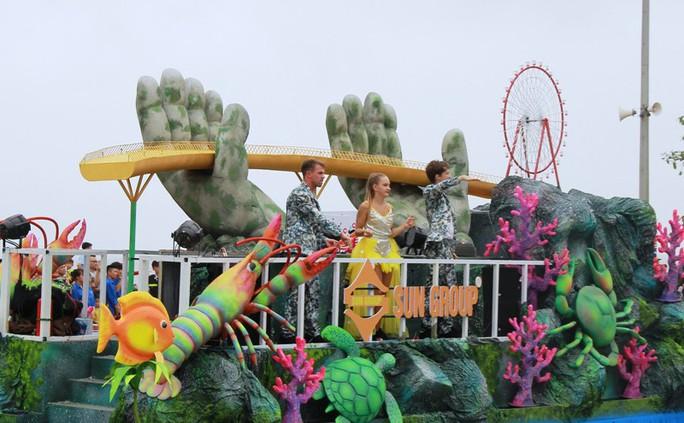 Mãn nhãn lễ hội Carnival đường phố lần đầu tiên xuất hiện tại Sầm Sơn - Ảnh 12.