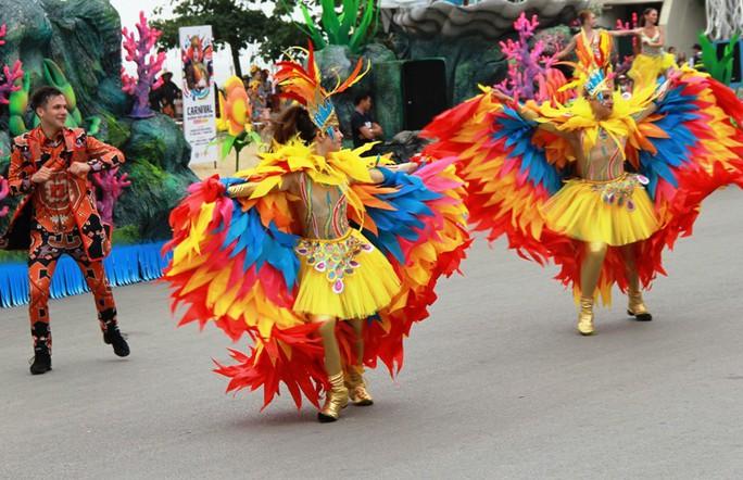 Mãn nhãn lễ hội Carnival đường phố lần đầu tiên xuất hiện tại Sầm Sơn - Ảnh 6.