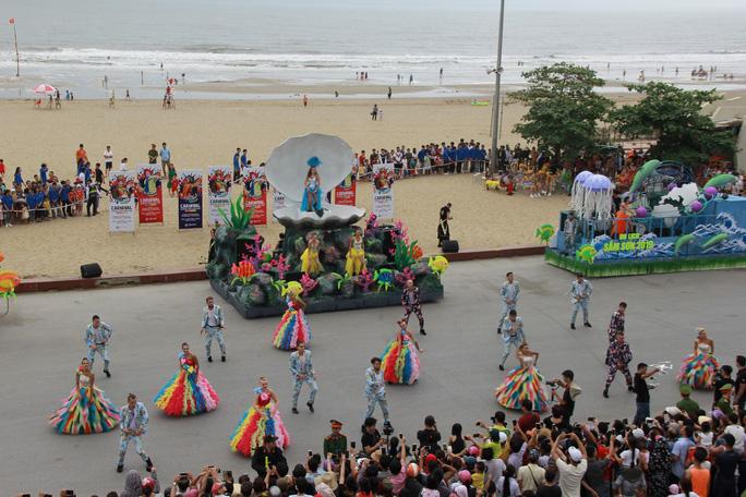 Mãn nhãn lễ hội Carnival đường phố lần đầu tiên xuất hiện tại Sầm Sơn - Ảnh 11.