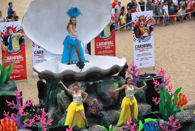 Mãn nhãn lễ hội Carnival đường phố lần đầu tiên xuất hiện tại Sầm Sơn - Ảnh 14.
