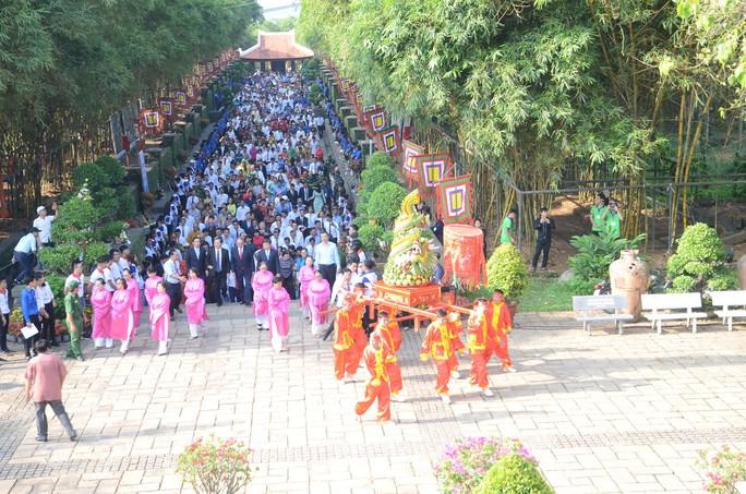 TP HCM long trọng tổ chức Giỗ tổ Hùng Vương - Ảnh 1.